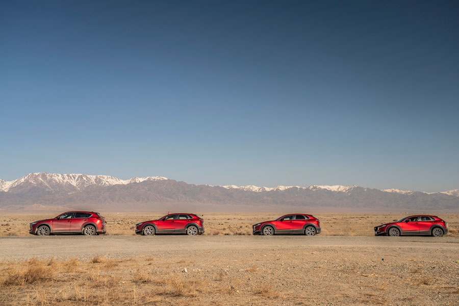Mazda CX-30 explora as maravilhas do Cazaquistão