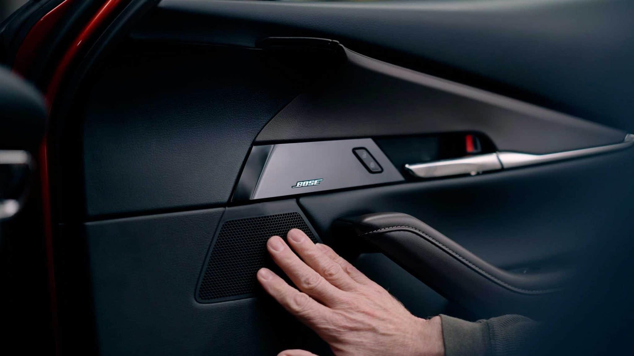 Mazda e a Bose 30 anos de co-criação